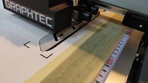 Cutter-ul în acțiune - personalizare prin print si taiere